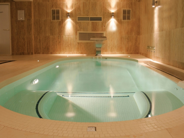 Aspara Hydra-spa pool, Sidmouth